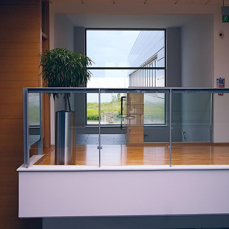 4 Compelling Benefits Of Using Tempered Glass Panels In Your Property Projects