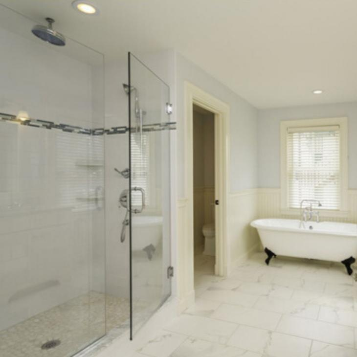 How to Decide Between a Frameless or Framed Shower Enclosure